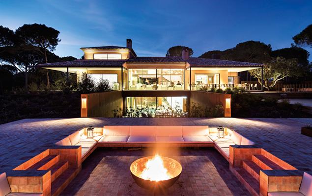 Lisboa convida pestana tr ia for Design hotel comporta